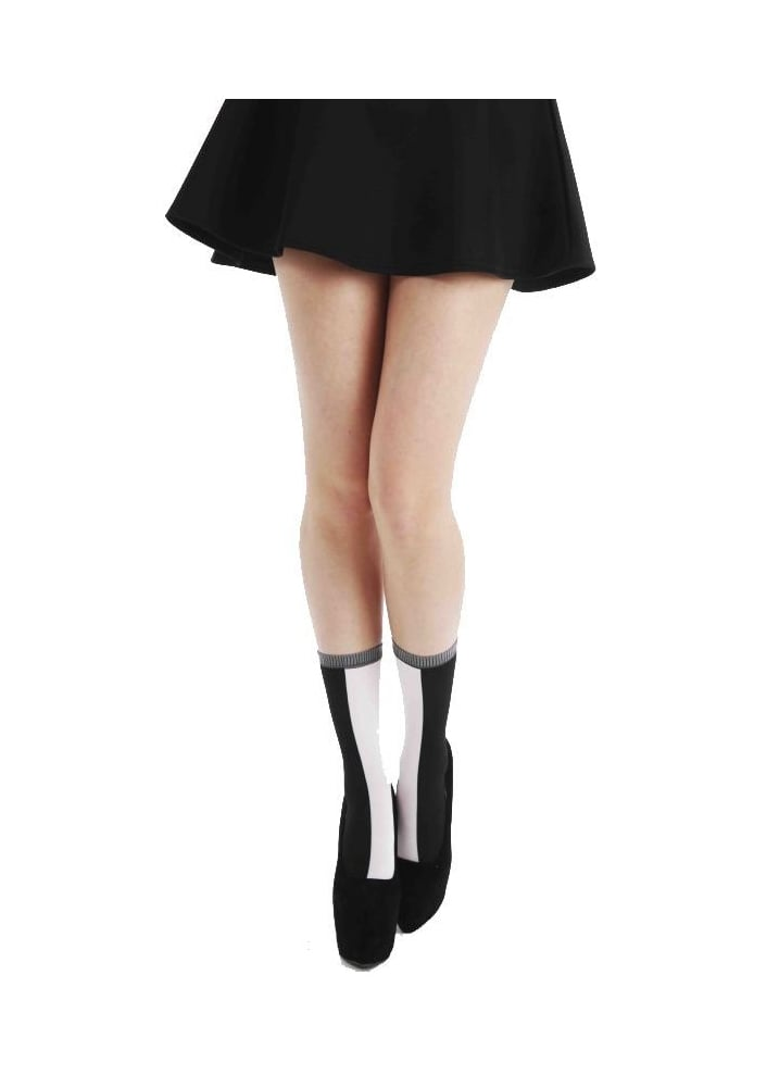 Black White Opaque Ankle Socks - Size: One Size
