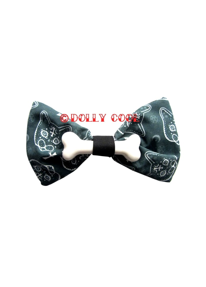 Occult Cat Bone Bow - Colour: Black