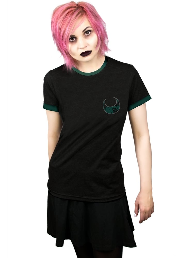 Dark Side Of The Moone Ringer Tee - Size: Size 10-12