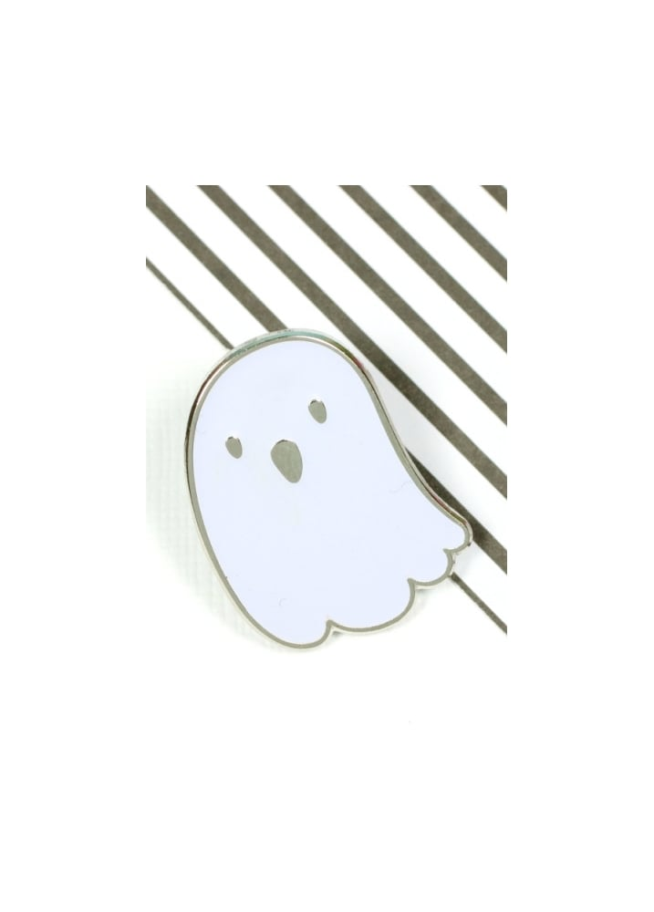 Glow In The Dark Ghost Enamel Pin Badge - Colour: White