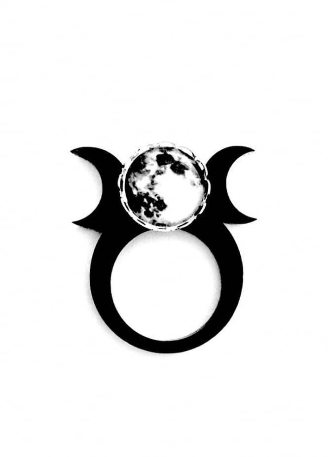 Curiology Triple Goddess Ring